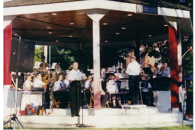 Bandshell Dedication Concert 001 (2004)