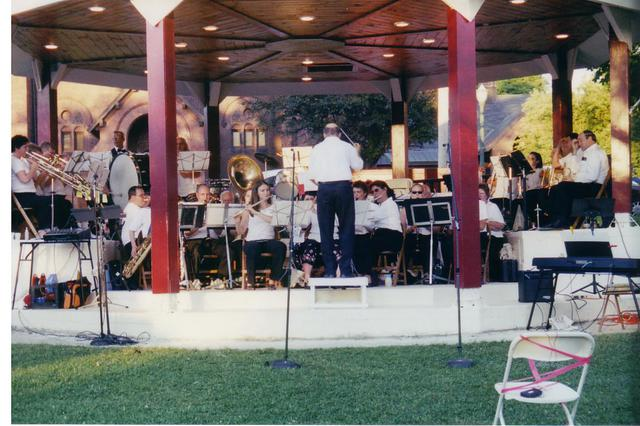 Bandshell Dedication Concert 003 (2004)