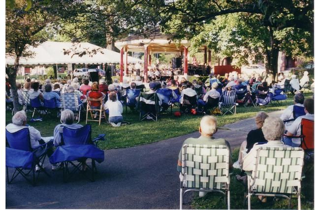Bandshell Dedication Concert 005 (2004)