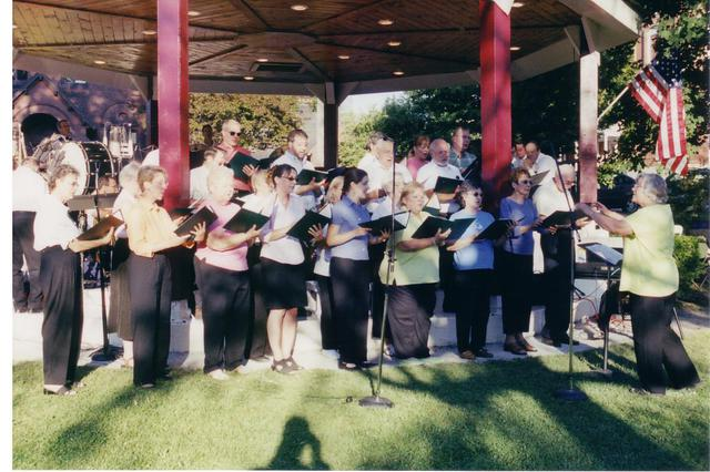 Bandshell Dedication Concert 007 (2004)